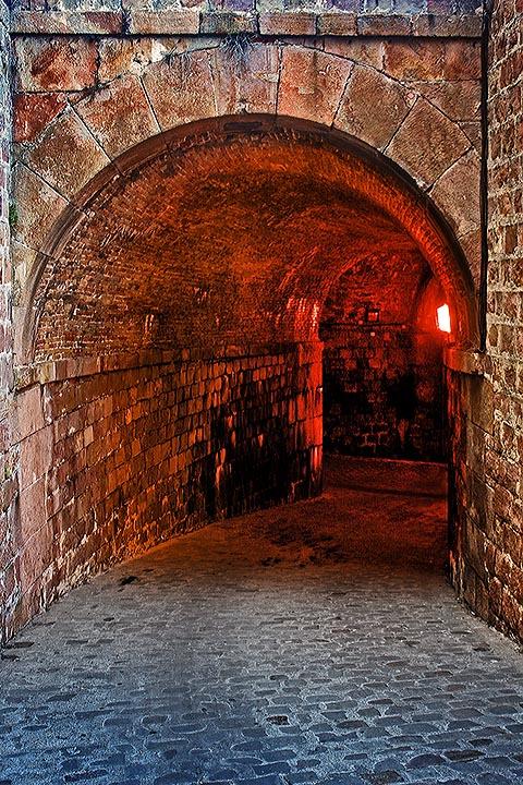 Крепость Монжуик. Подземный туннель