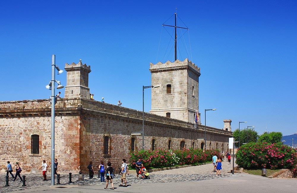 Крепость Монжуик. Донжон и сторожевая башня