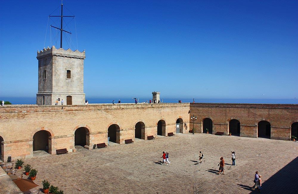 Плац крепости Монжуик