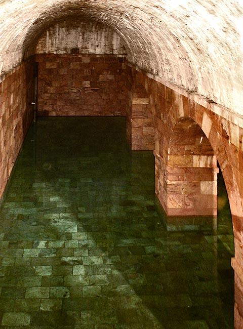 Подземный резервуар для хранения воды