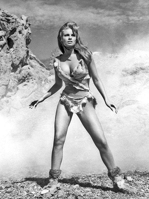 Кадр из фильма «Миллион лет до нашей эры» (1966 г.) с Рэкел Уэлч