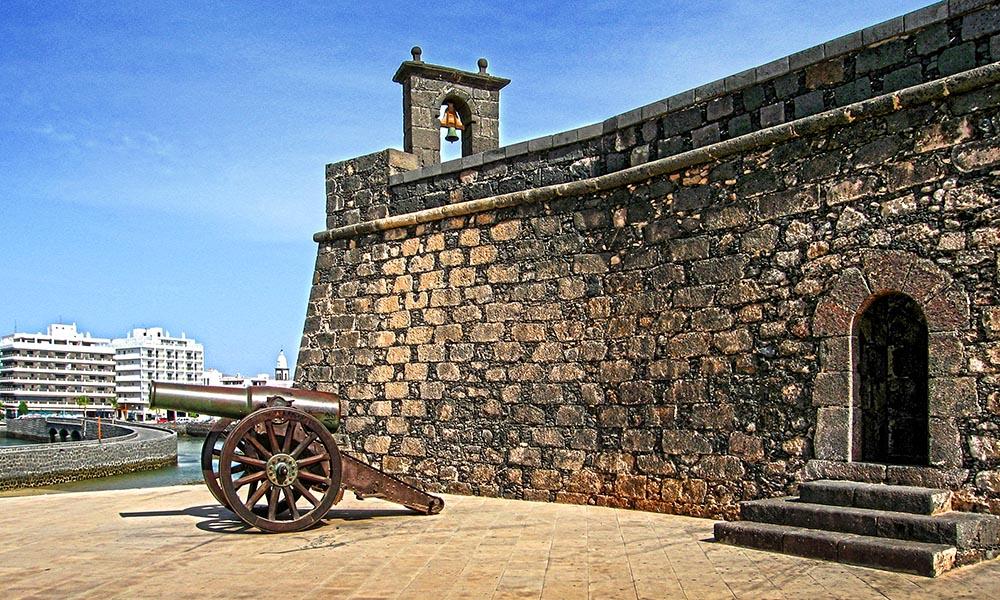 Крепость Сан Габриэль в г. Арресифе