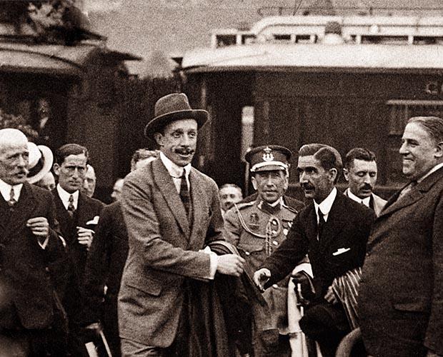 Прибытие короля Испании Альфонсо XIII на плотину Конде-дель-Гуадалорсе в 1921 году