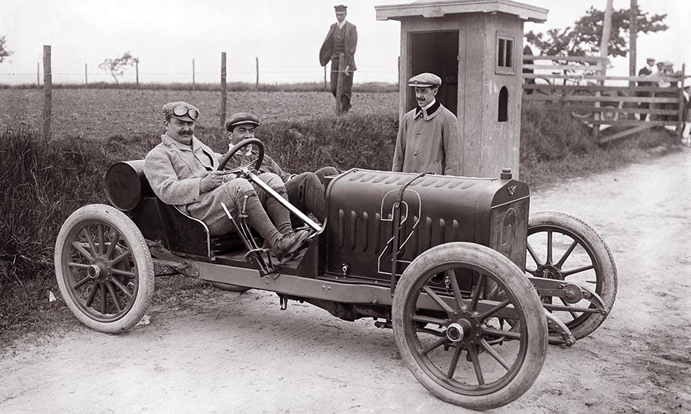 Hispano-Suiza T15 на гонках в Болонье (Франция). 1909