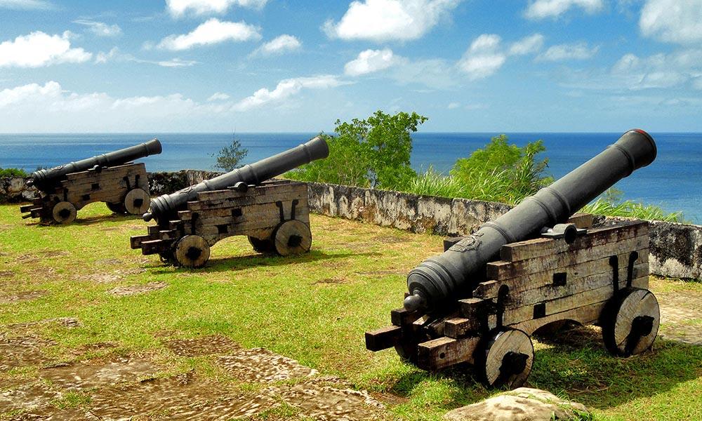 Остров Гуам, США. Форт Нуэстра Сеньора-де-ла-Соледад